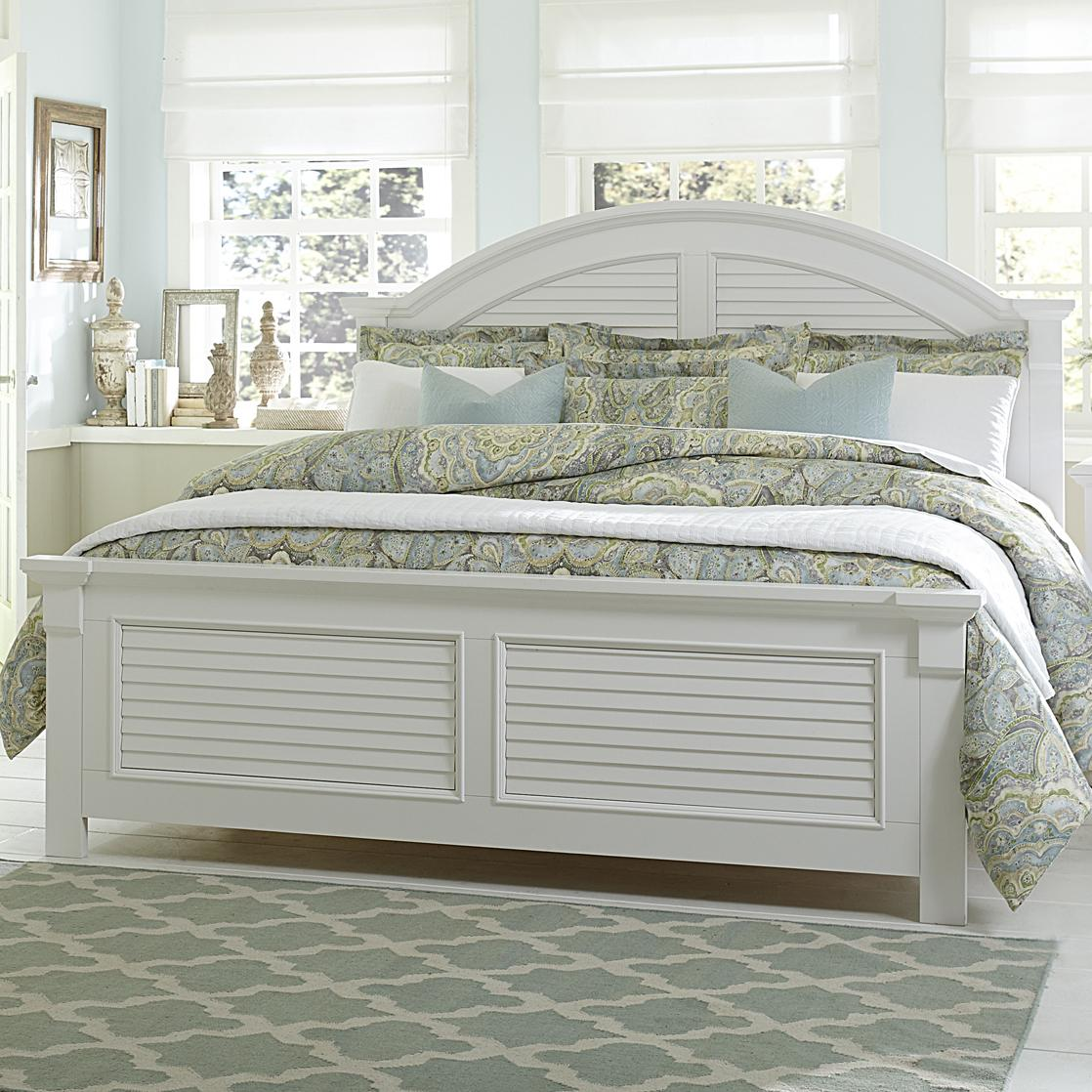 Liberty Furniture Summer House Queen Panel Bed With