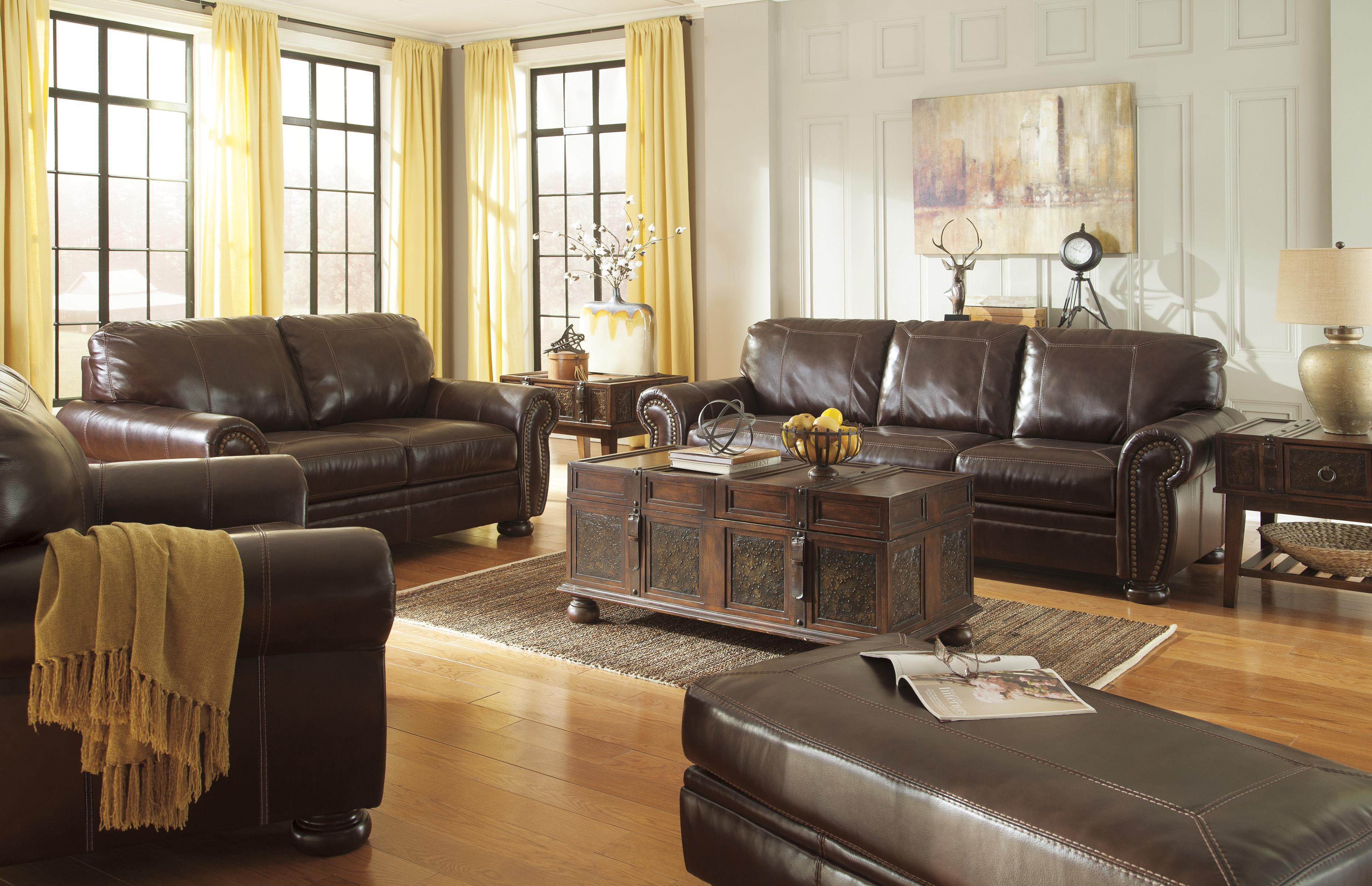 Banner Stationary Living Room Group