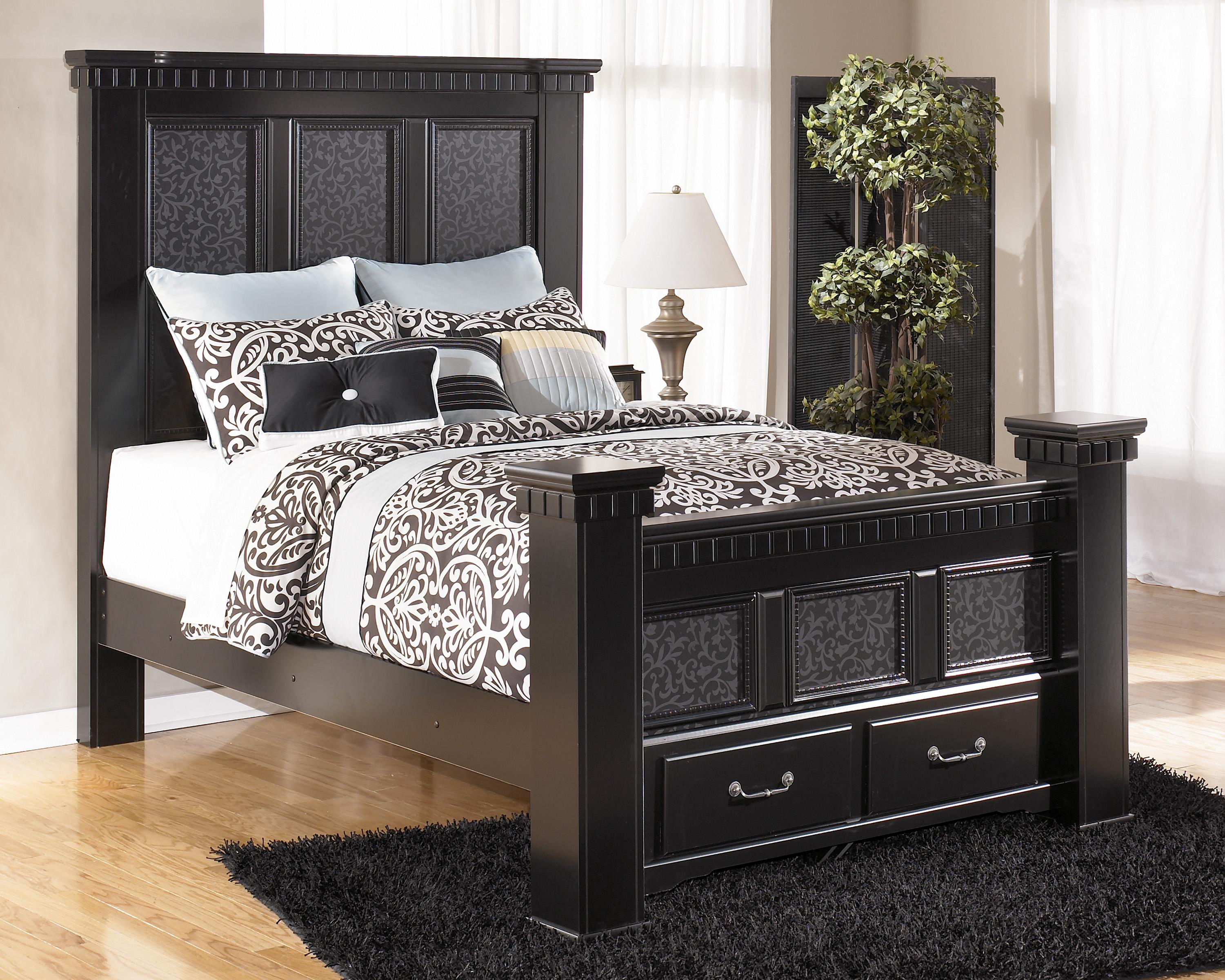Signature Design By Ashley Furniture Cavallino Queen