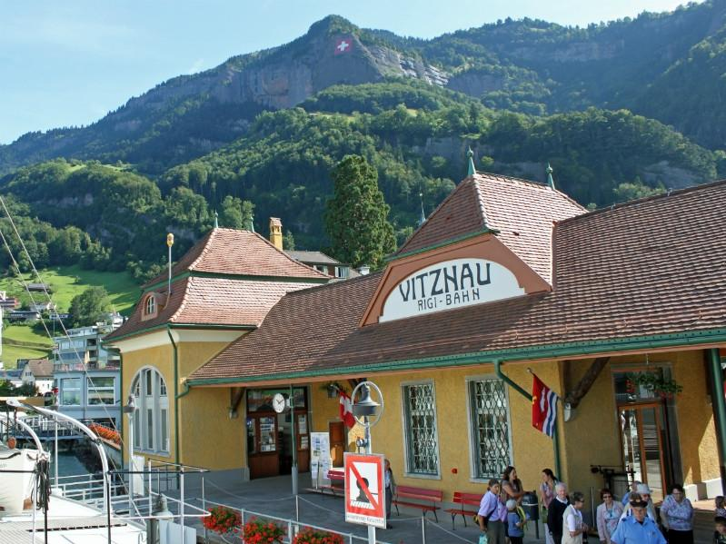 https://i2.wp.com/images.gadmin.st.s3.amazonaws.com/n34580/images/detailluzernbig/vitznau_schiffstation.jpg