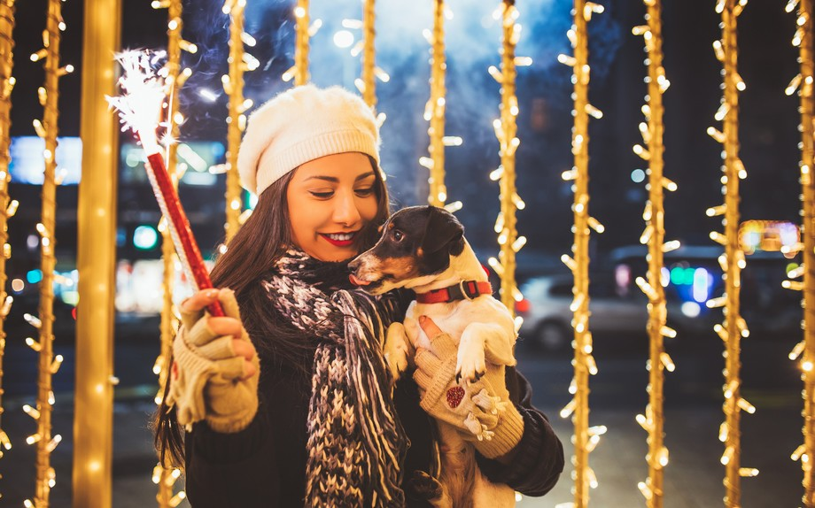 Photo of Capodanno, gli italiani lo festeggiano insieme al proprio pet   Vogue Italia