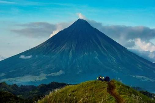 Alert Status ng Mayon Volcano, Ibinaba ng PHIVOLCS sa Alert Level 1 2