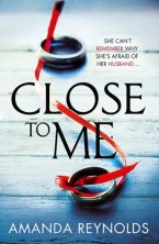 Close To Me by Amanda  Reynolds