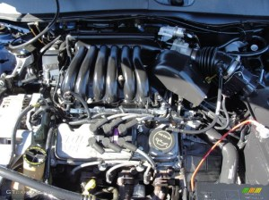 2003 Ford Taurus LX 30 Liter OHV 12Valve V6 Engine Photo