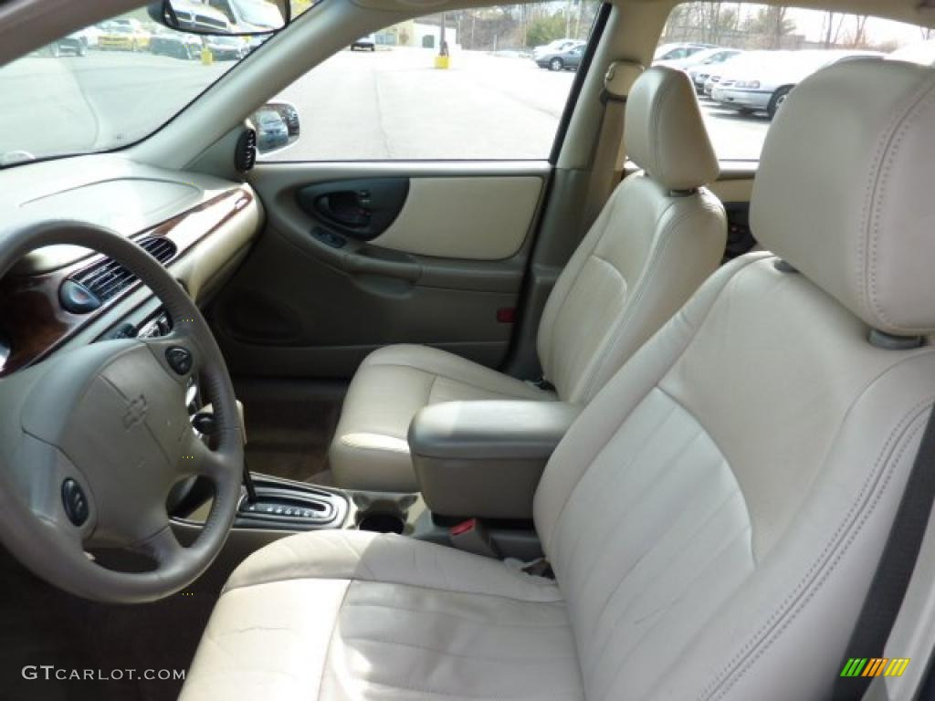 Neutral Interior 2000 Chevrolet Malibu LS Sedan Photo