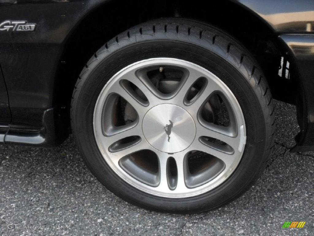 1997 Ford Mustang GT Coupe Wheel Photo 52989340