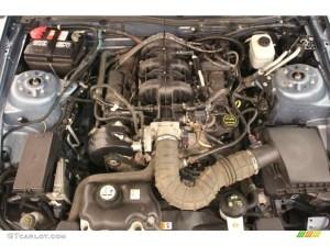 2005 Ford Mustang V6 Premium Coupe 40 Liter SOHC 12Valve