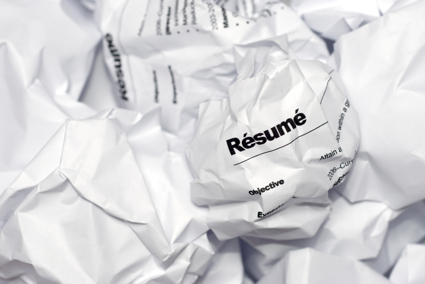 submit your resume in confidence  how confidence impacts your     tips to help your resume shine type your resume on a computer