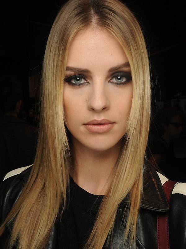 Sehr Dnne Blonde Haare Abschneiden Lassen Haarfarbe