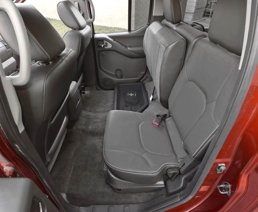 Auto Review Midsize 2015 Nissan Frontier Pro 4x Pickup