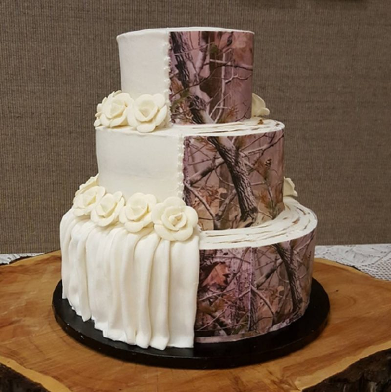 Camouflage Wedding Cakes Are Trending And Its Weird But