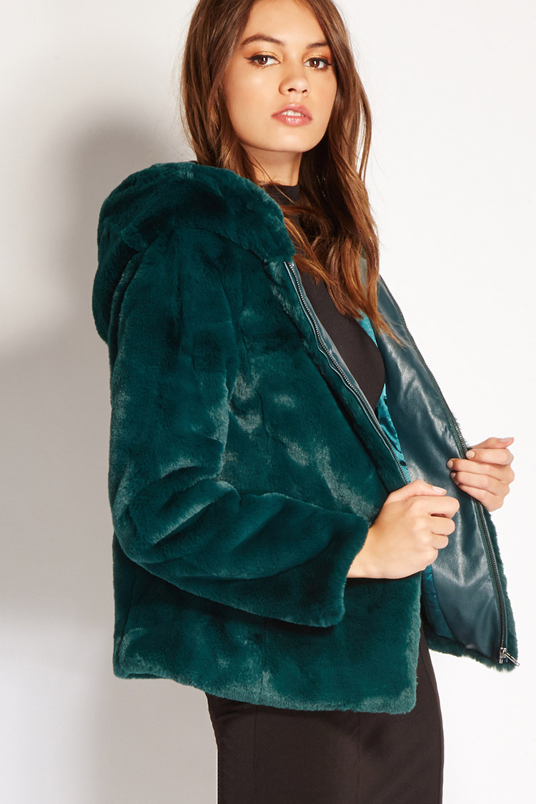 15 Colorful Furry Winter Coats That Will Make You Feel