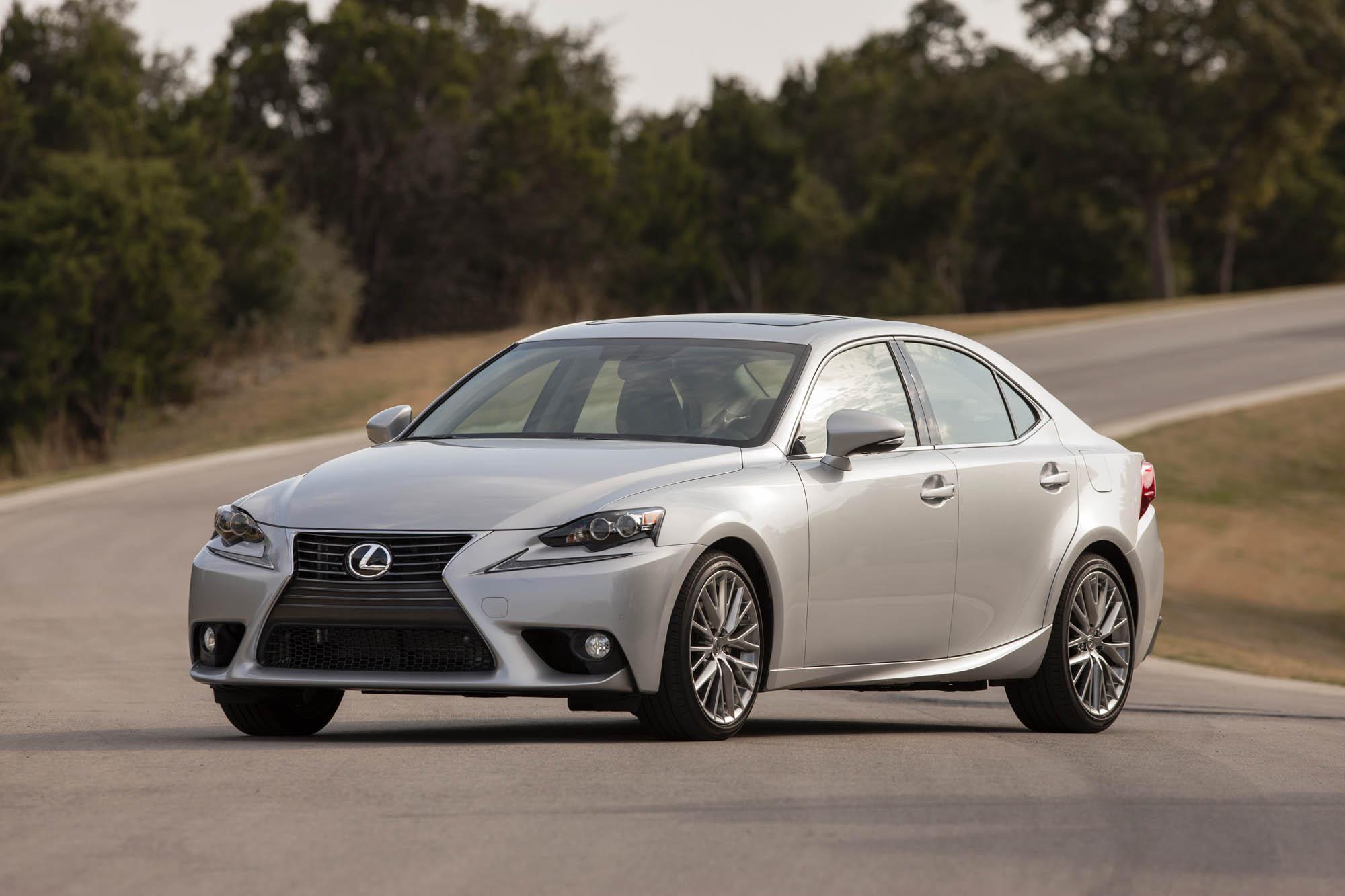 2014 Lexus IS Earns NHTSA Five Star Crash Rating