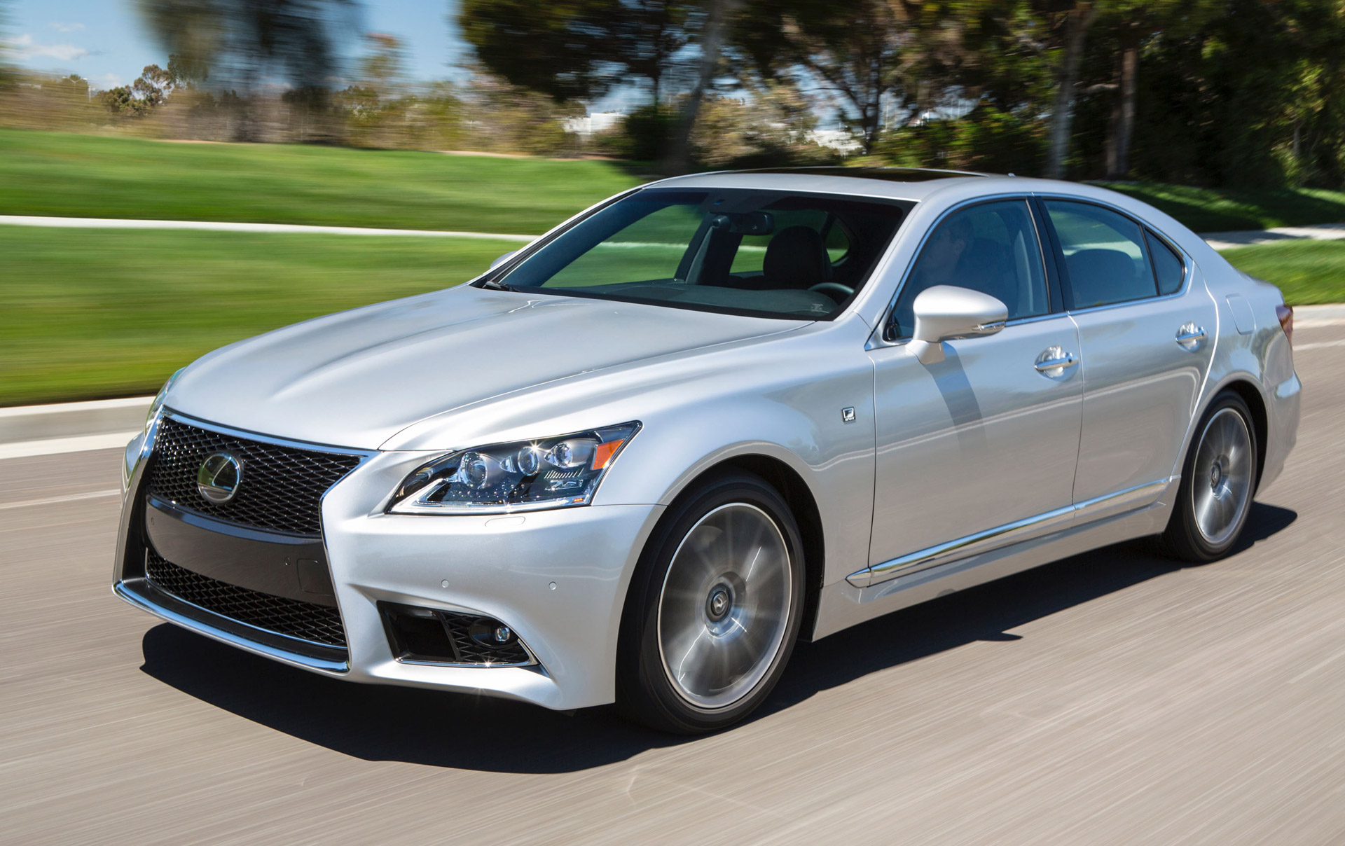 2016 Lexus LS s minor updates ahead of new model s arrival