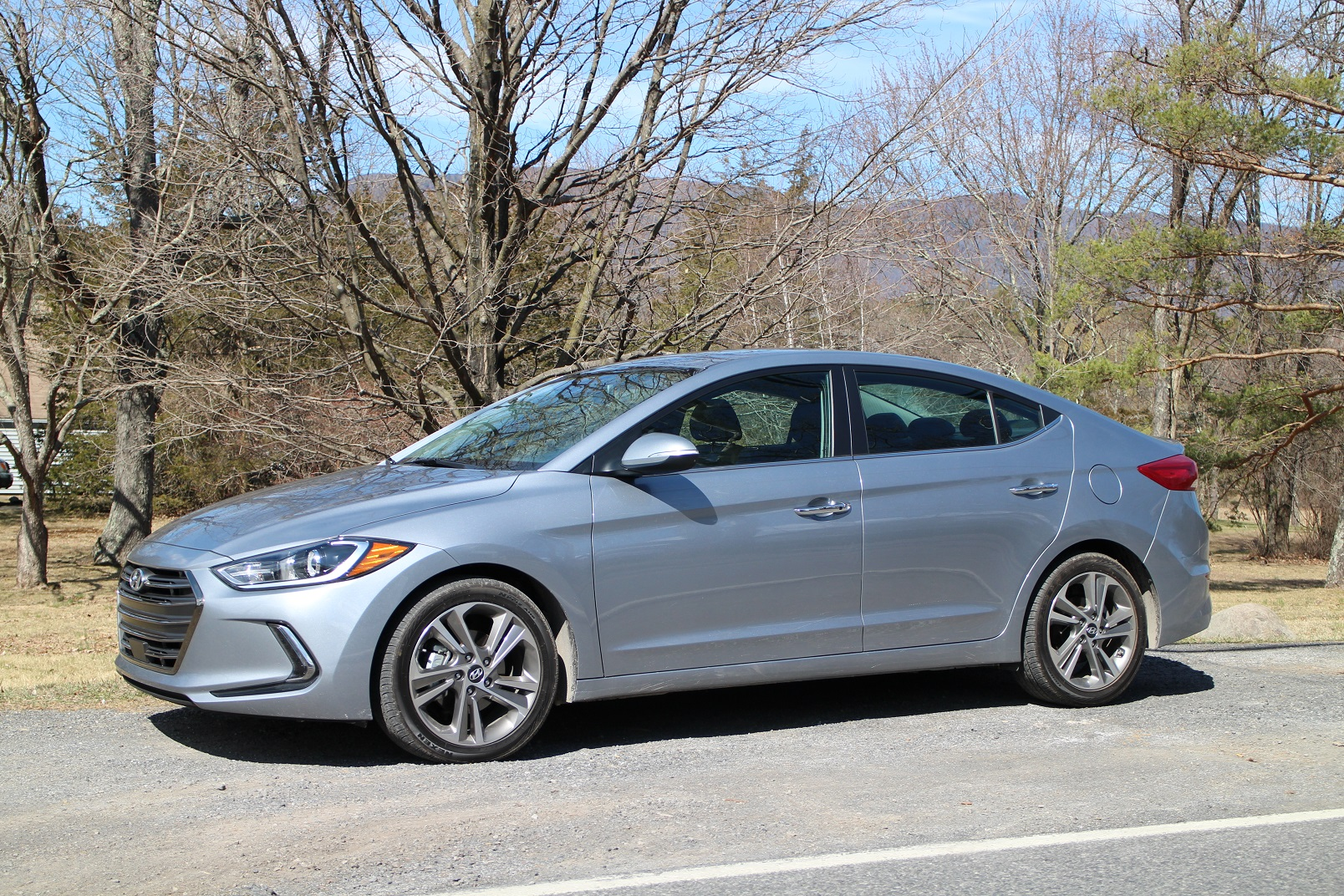 2017 Hyundai Elantra Limited Gas Mileage Review