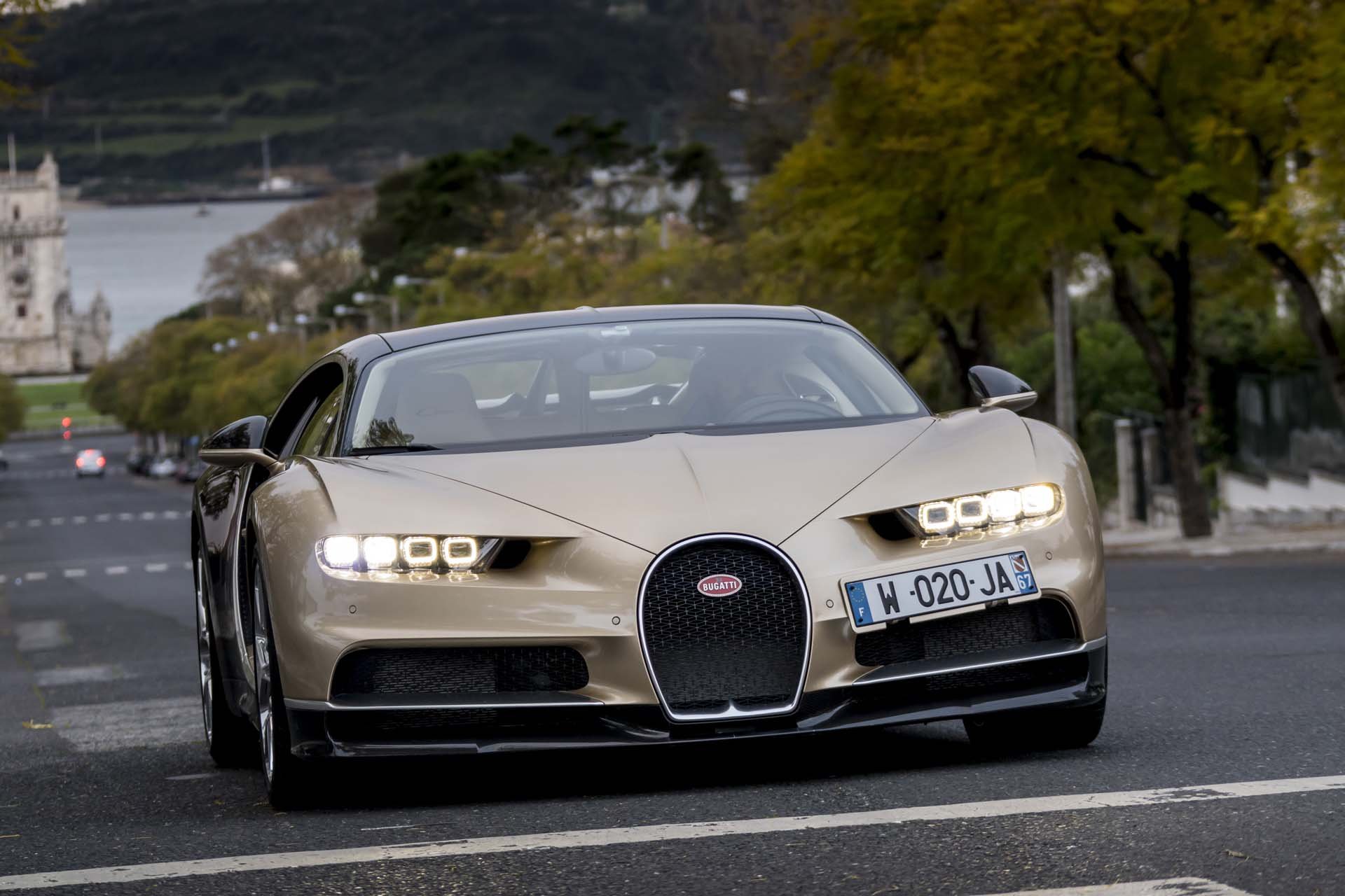 Bugatti Chiron Reviewed Lagonda Brand Confirmed Putins