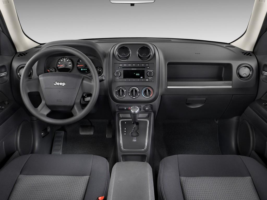 Image 2010 Jeep Patriot FWD 4 Door Sport Dashboard Size