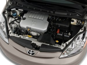 Image: 2010 Toyota Sienna 5dr 8Pass Van CE FWD (Natl