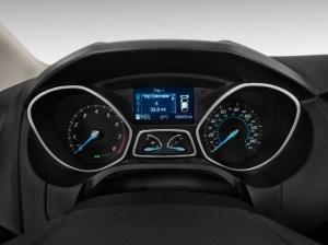 Image: 2012 Ford Focus 4door Sedan SE Instrument Cluster