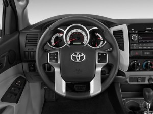 Image: 2013 Toyota Taa 2WD Double Cab I4 AT (Natl) Steering Wheel, size: 1024 x 768, type
