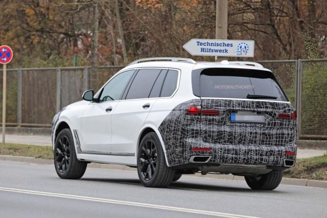 2023 BMW X7 spy shots - Photo credit: S. Baldauf/SB-Medien