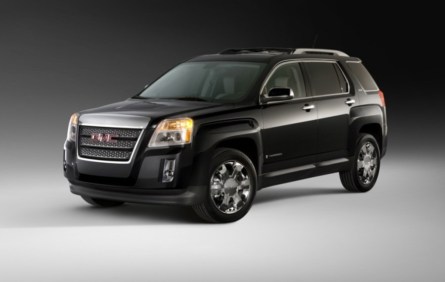 Top Five 2010 SUVs Under  25 000
