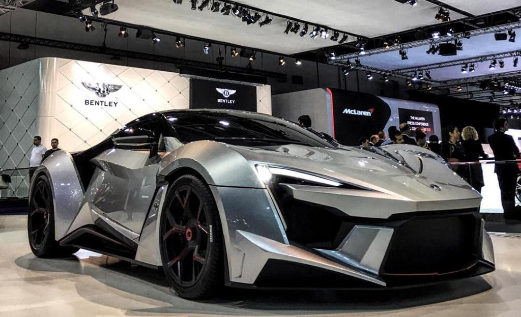 W Motors Fenyr Supersport Debuts In Dubai With 900 Horsepower