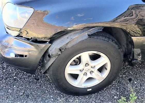 Body damage caused by a tire tread separation | Clublexus.com