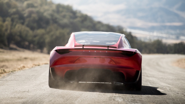 Musk Claims New Tesla Roadster Will Do 0 60 Mph In 1 1s With Spacex Rocket Option