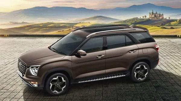 Hyundai Alcazar will take on the likes of Tata Safari and MG Hector Plus.