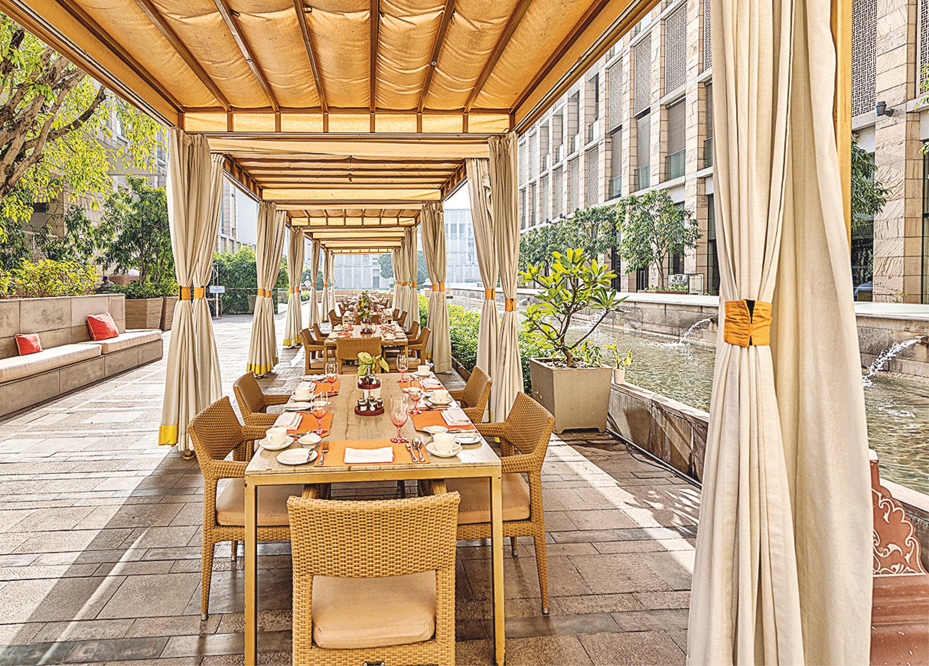 To enjoy the last few sunny, but cool, Sundays of the season, the garden area at Elan at The Lodhi is ideal