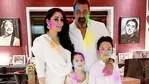 Sanjay Dutt with his wife Maanayata and twins, Iqra and Shahraan.