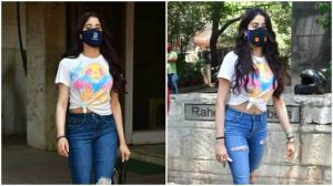 Janhvi Kapoor replicates her top white jeans combo and blue jeans for flight, we love it too
