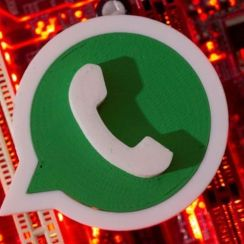 WhatsApp releases Search for Stickers shortcut to select Android users