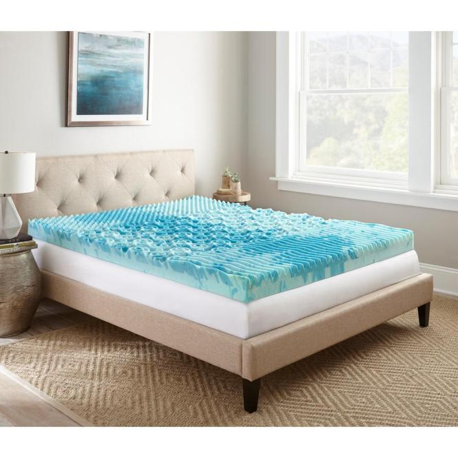 Queen Gellux Gel Memory Foam Mattress Topper