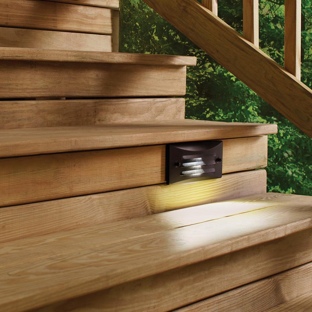 deck step light low voltage black