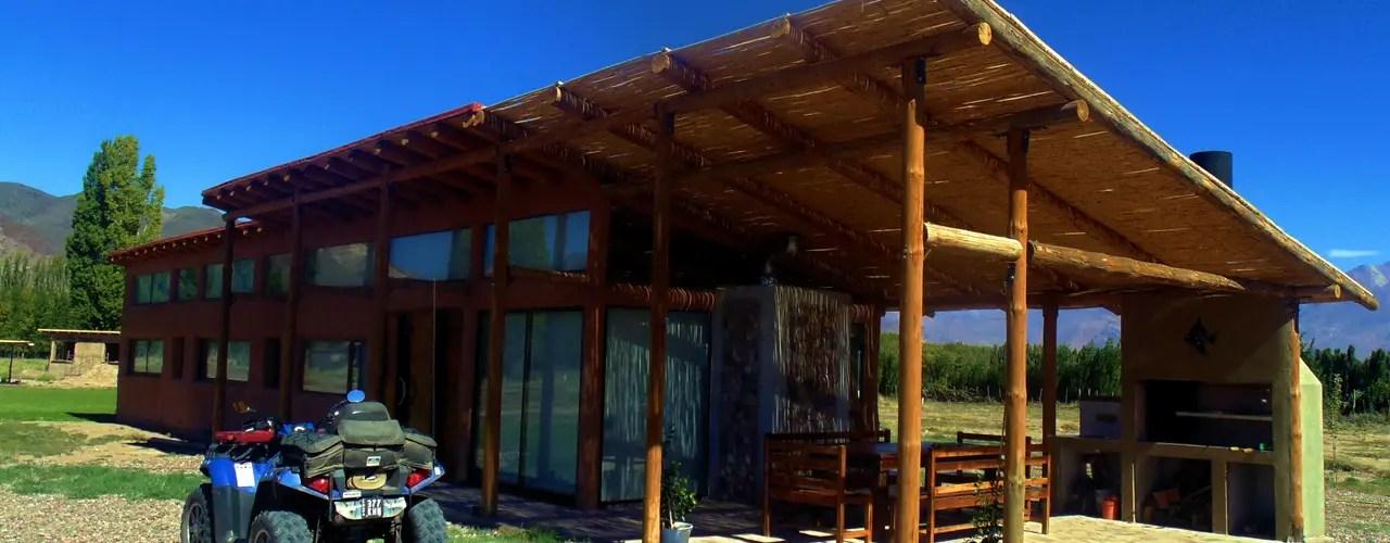 15 Rumah Kayu Dan Bambu Berukuran Dibawah 64 M