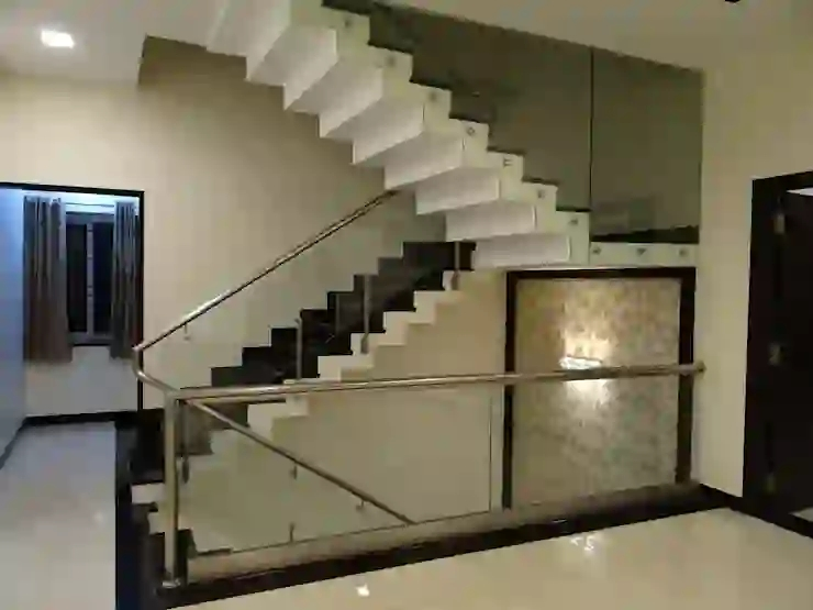 12 Staircases For Small Indian Homes Homify Homify | Steps Design In Hall | Duplex House | Style Indian | Concept | Beautiful | Front Main Entrance