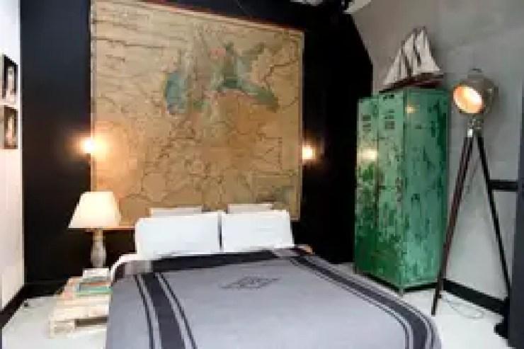 Dormitorios de estilo ecléctico de BRICKS Studio