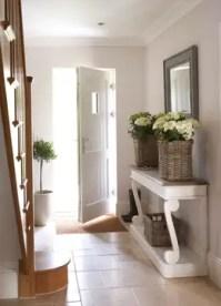 Pasillos y vestíbulos de estilo de Emma & Eve Interior Design Ltd