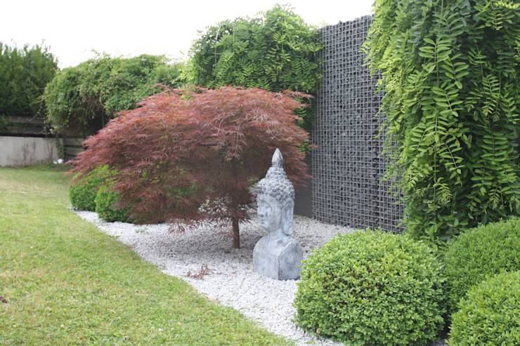 translation missing: us.style.garden-.asian Garden  by WOHNGLÜCK Immobilien