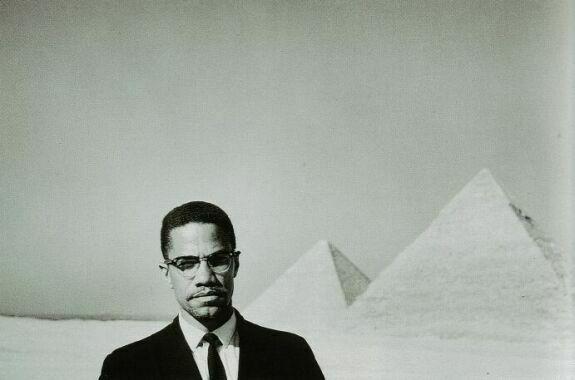 2010-02-20-MalcolmPyramids.jpg
