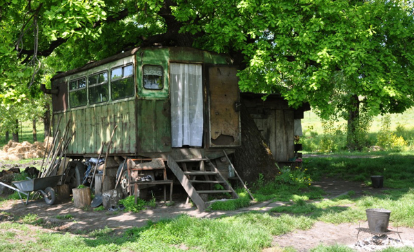 2011-08-17-kisa-lala-images-new-nomads-RomaniaKisaLala0587.jpg