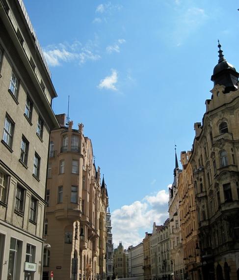 2014-06-19-Praguenicestreet.JPG