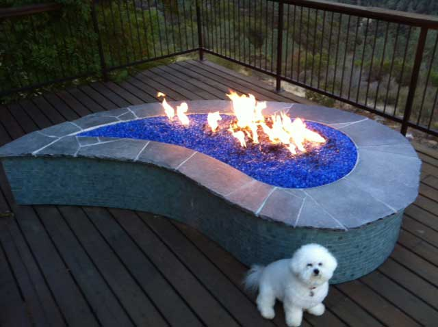 9 Ideas Thatll Convince You To Add A Fire Pit To Your Backyard HuffPost