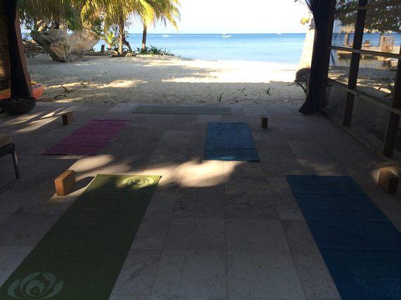 Roatan Bay Islands yoga