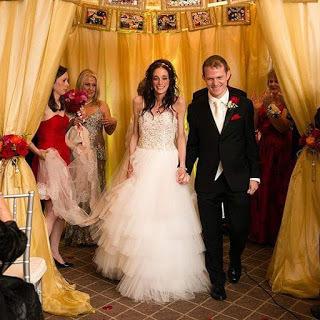 2015-09-03-1441279626-508640-wedding7.jpg