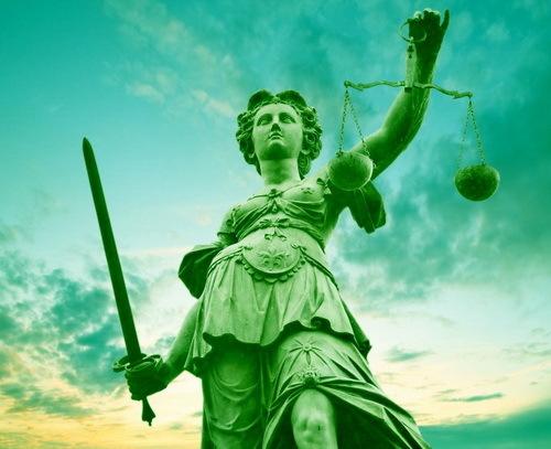 2015-10-27-1445967772-5752217-justicestatuegreenbyMaryEllenHartecctw98.jpg