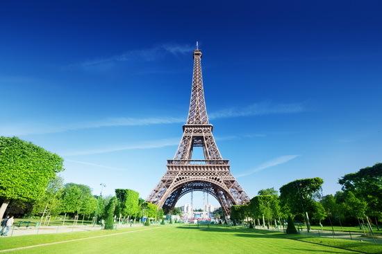 2016-01-26-1453836490-5491421-EiffeltowerFranceSourcedoodlefinder.comccr288.jpg