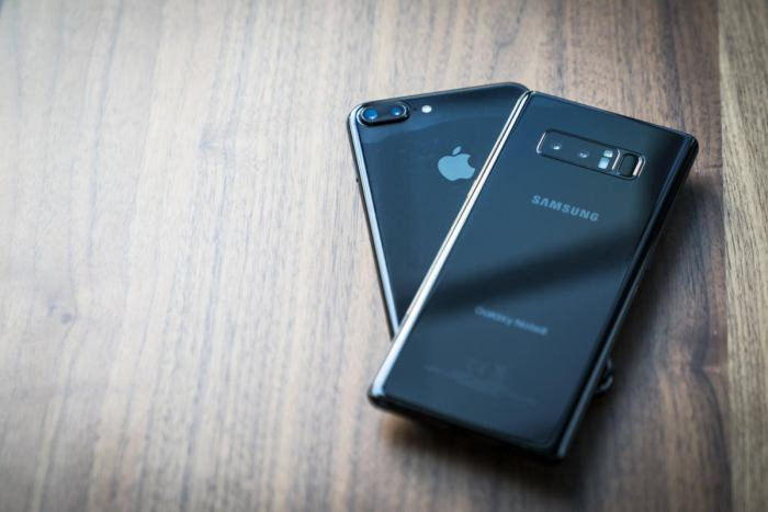 Apple iPhone 7 Plus and Samsung Galaxy Note 8